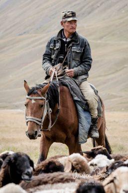 Kyrgyzstan_130904_124736-3.jpg